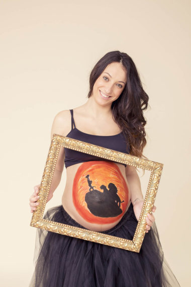 Belly painting premama